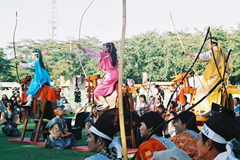 2005 (7)